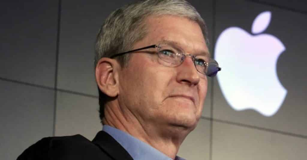 tim cook close up