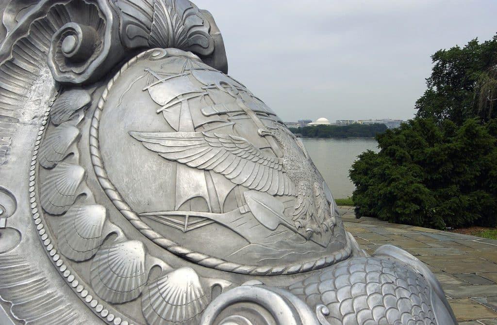Arlington Virginia statue